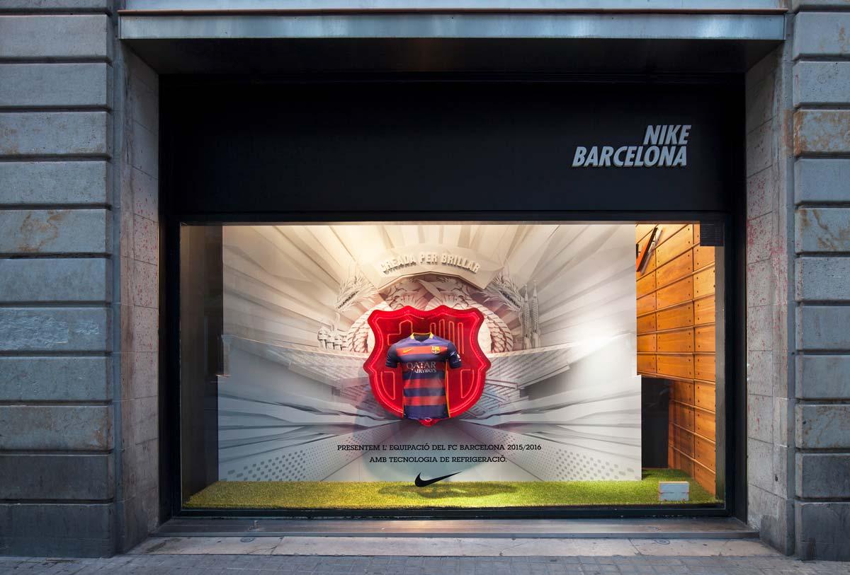 tienda nike barcelona escaparate